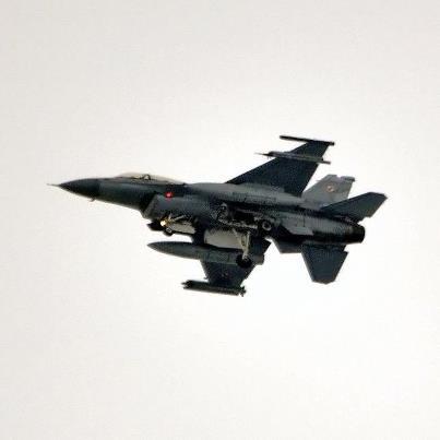 jedyne do tej pory opublikowane zdjęcie F16 nad Lublinem - autorstwo https://www.facebook.com/SamolotyNaLUZie