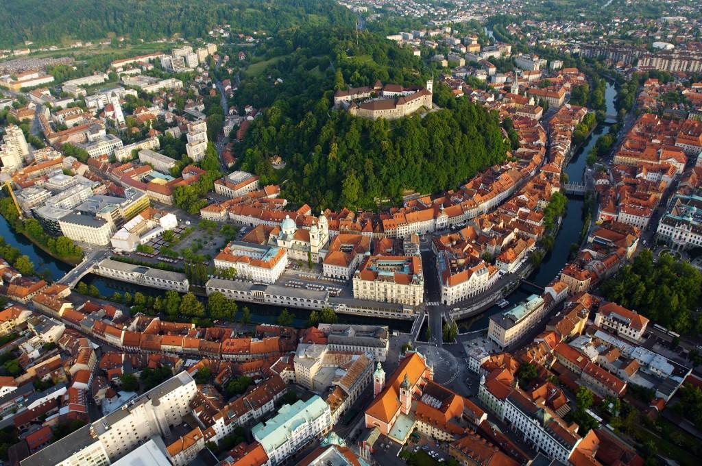 stolica Słowenii dzięki podróży na trasie - Lublin - Bruksela - Lublana - Londyn Luton - Lublin